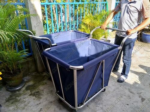 Xe thu gom đồ dơ - giặt ủi khung inox túi vải bạt