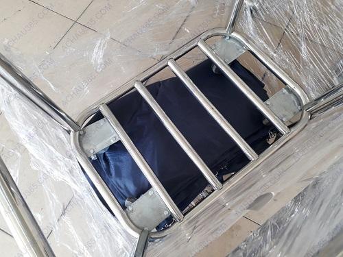 Xe thu gom đồ dơ giặt ủi khung inox túi vải bạt chất lượng cao